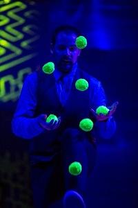 Juggler Jordan Moir