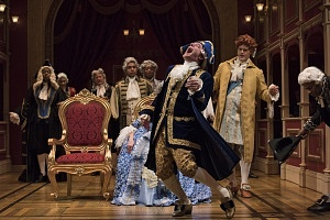 Tom McCamus as George III with the cast of The Madness of George III. Photo by David Cooper.